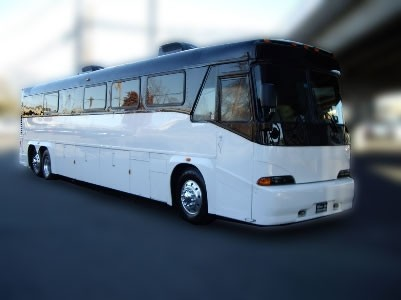 Coach Bus Rental For Amusement Parks
