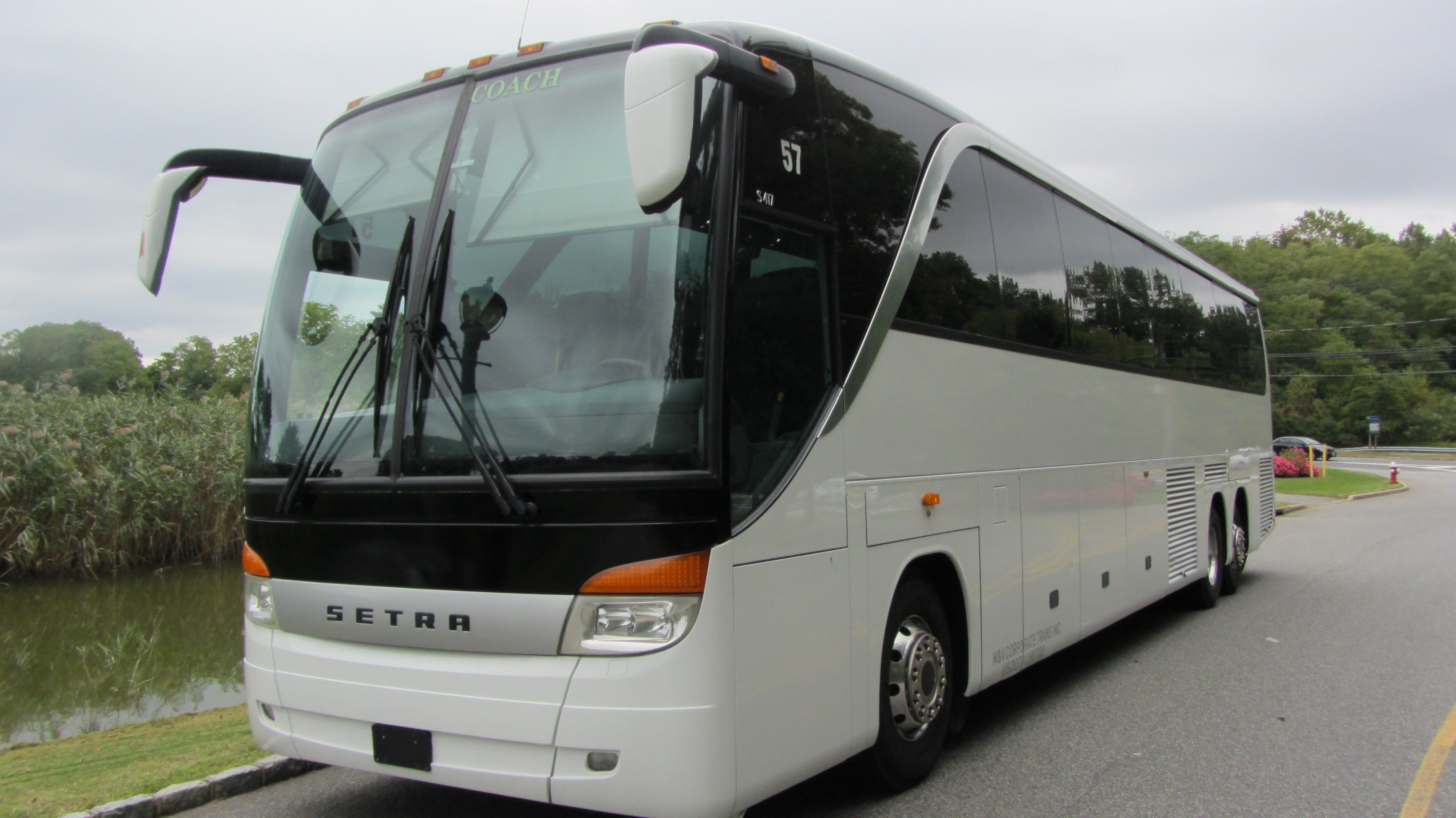 Mercedes Coach Buses In New York And Long Island