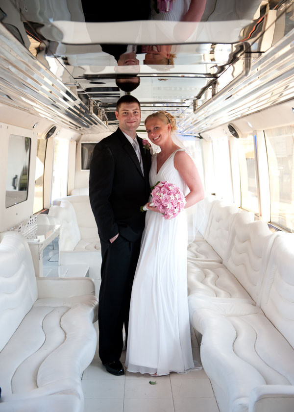 Coach Bus And Shuttle Bus For Weddings