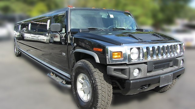 H2 HUMMER 18 PASS IN BLACK AND WHITE